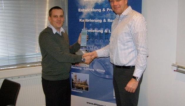 John Hughes of Pulsar Instruments and Oliver Driesen of Drisen+Kern, Germany