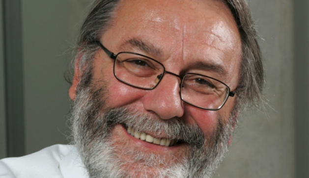 Government science advisor and leading physicist to receive university honorary award